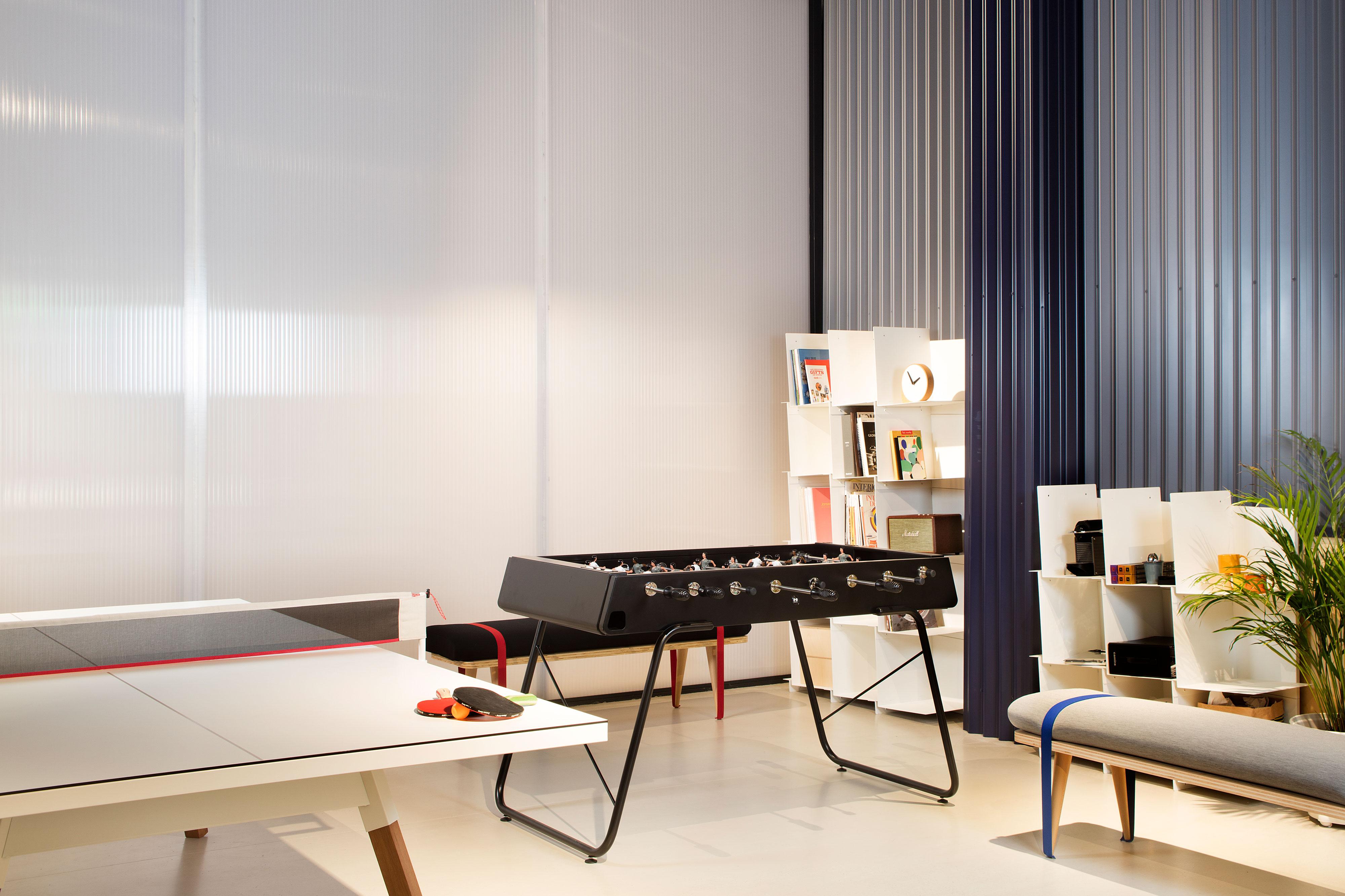 """Tischkicker """"Der Flexible"""" - Design RS#3 von RS Barcelona (in- & outdoor)"""